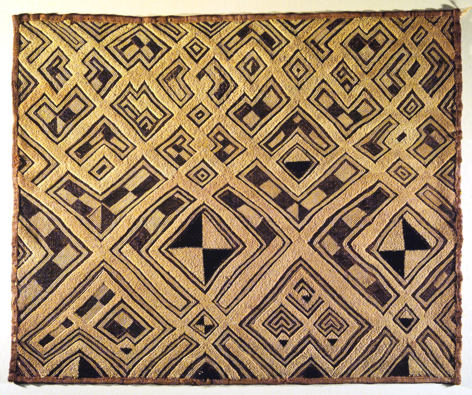 Kuba raffia cloth © CC-BY Brooklyn Museum
